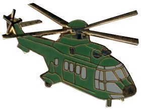 Photo de Super Puma Pin