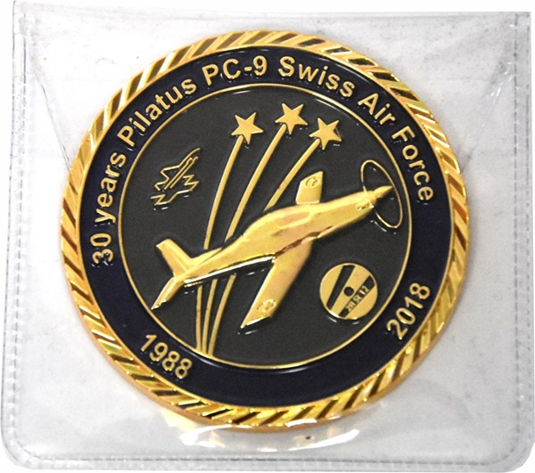 Photo de Pilatus PC-9 Swiss Air Force Coin Jubiläum 1988-2018 30 Jahre PC-9