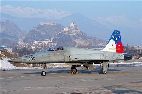 Picture of Tiger F-5E Swiss Air Force Base Aérienne 14 Sion Plastikmodellbausatz Italeri