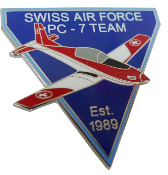 Photo de PC7 Team Est 1989 Pin